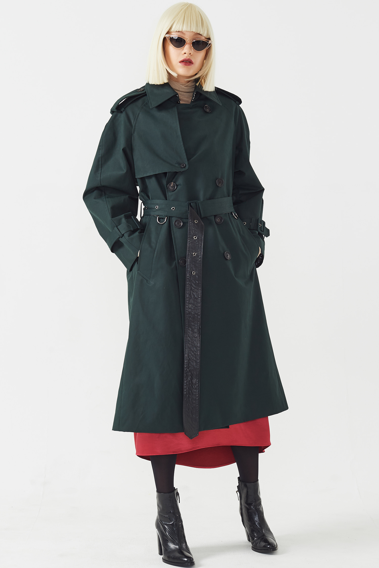 WIDE VENT TRENCH COAT